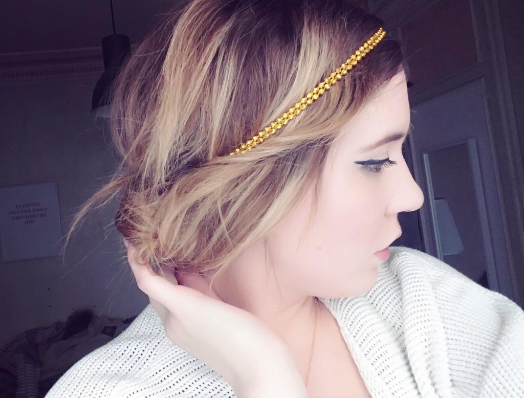 5 coiffures à réaliser avec un headband