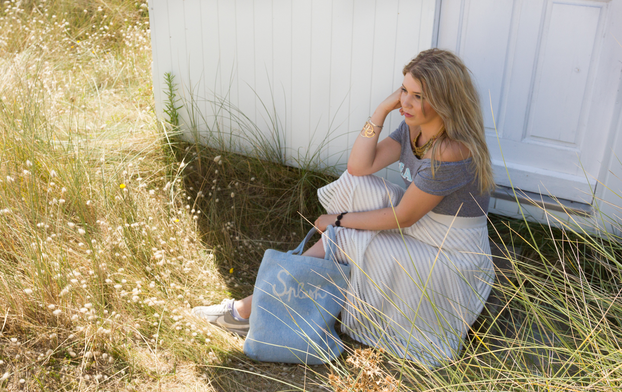 look blogueuse outfit mode fashion blogger newlook monoprix h&m nike style néejolie